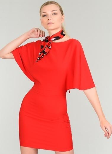 People By Fabrika Sırt Dekolteli Elbise Kırmızı